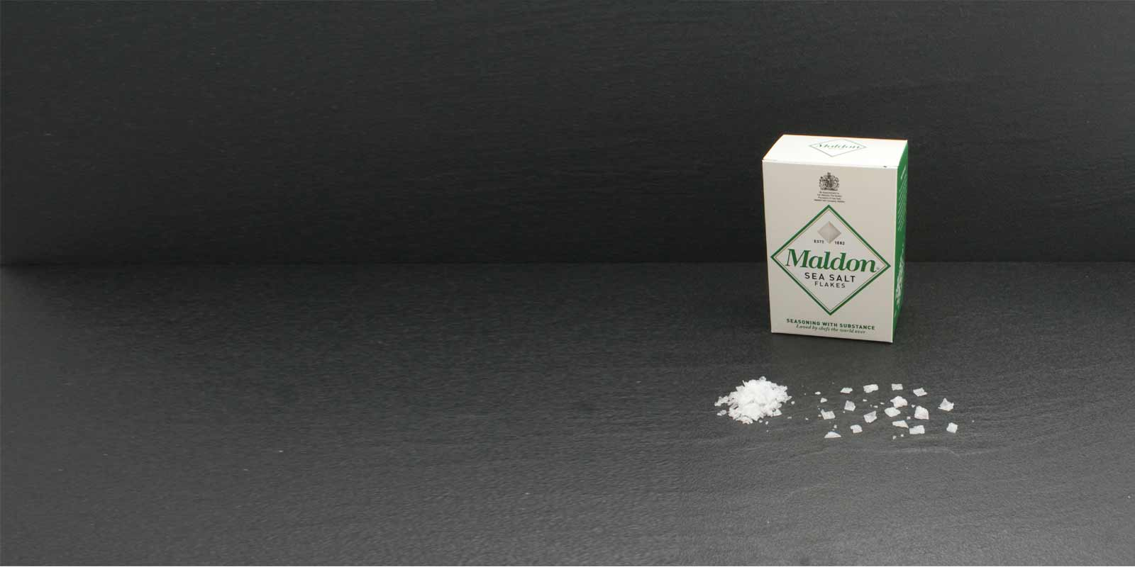 Maldon Sea Salt Flakes crystals The characteristic pyramid-shaped salt crystals are very thin and can be easily used to flavor grind between his fingers. Won is the precious salt from Maldon Sea Salt Company, the only salt production company in England. processed small family and sells the salt since 1882. Maldon Sea Salt is available only in limited quantities.